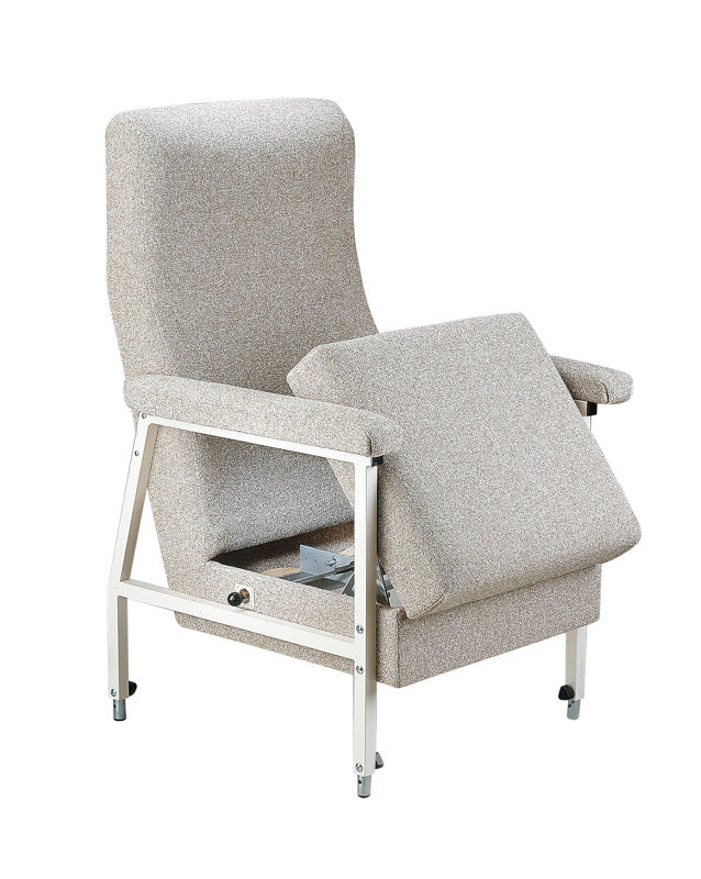 CLARENCE LIFT SEAT ARMCHAIR