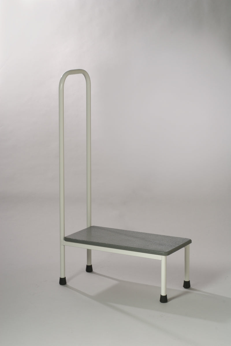 SINGLE STEP UP STOOL WITH HAND RAIL