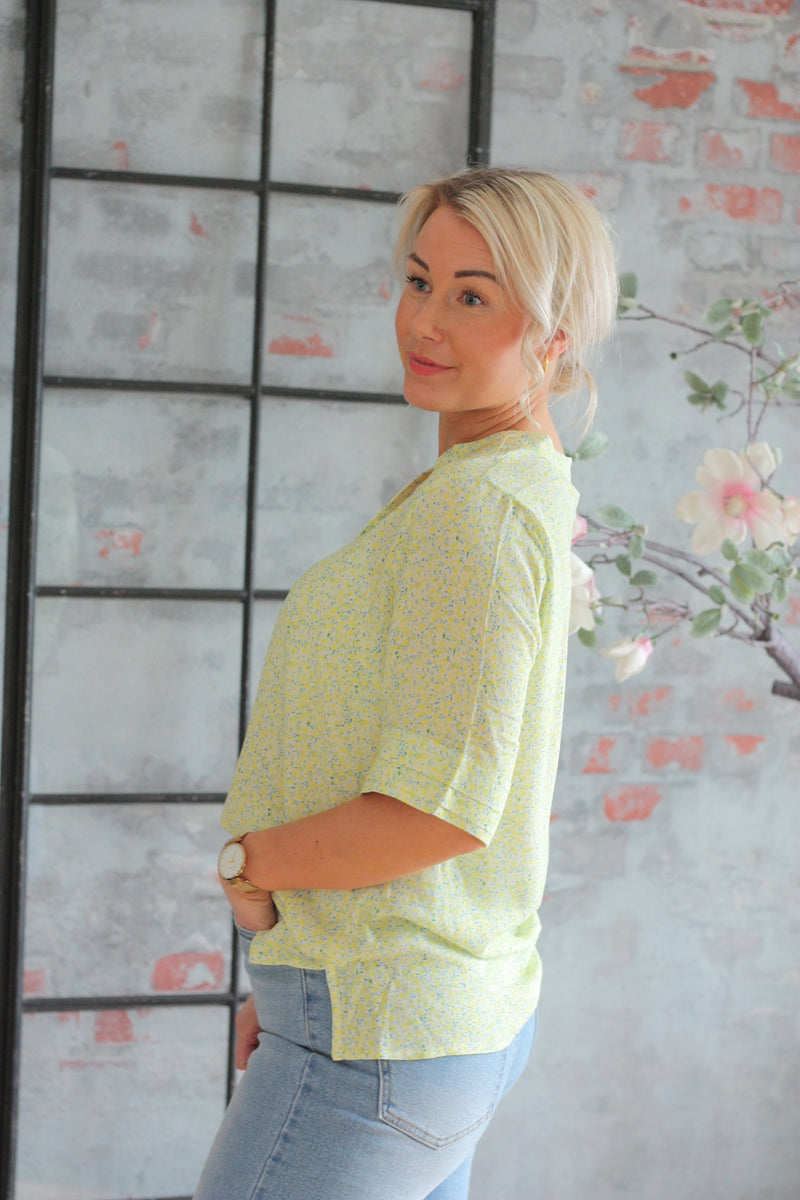 Devora Blouse Green Flower