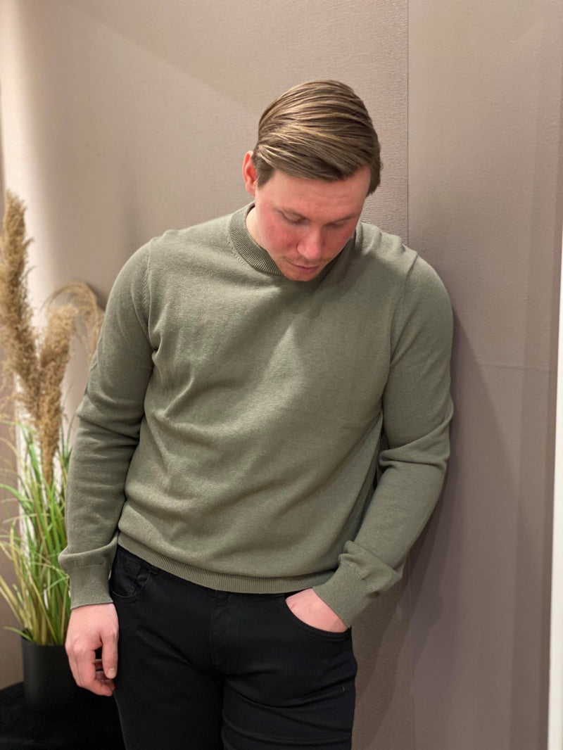 Thijs Crew Neck Deep Lichen Green