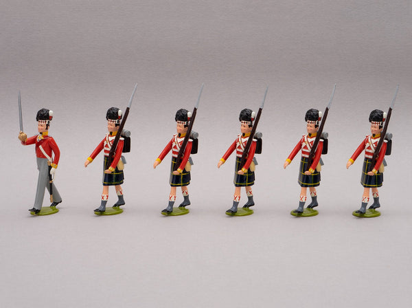 Set 116 Gordon Highlanders, Waterloo 1815 | British Infantry | Napoleonic Wars | Set of six men one officer, five men marching.  Men wearing bearskin and Gordon Tartan kilts | Waterloo | © Imperial Productions | Sculpt by David Cowe