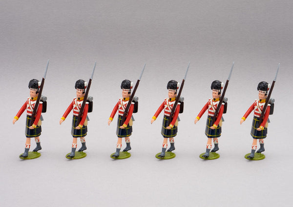 Set 116a Gordon Highlanders, Waterloo 1815 add-on | British Infantry | Napoleonic Wars | Set of six men, one officer with sword, five men marching.  Men wearing bearskin and Gordon Tartan kilts | Waterloo | © Imperial Productions | Sculpt by David Cowe