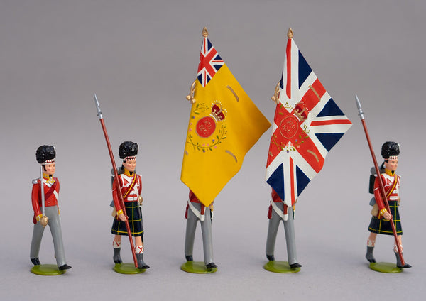 Set 122 Colour Party Gordon Highlanders, Waterloo 1815 | British Infantry | Napoleonic Wars | Colour Party; All wear the Highlander feather bonnet and Gordon tartan kilts. This set comprises a two ensigns carrying the colours, two guards, and one officer | Waterloo | © Imperial Productions | Sculpt by David Cowe