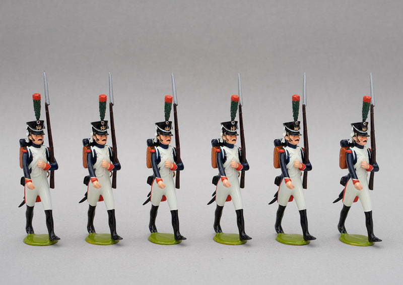 Set 124a Fusiliers-Chasseur | French Infantry | Napoleonic Wars | An elite alternative to the Old Guard.  This set has six men marching at slope arms | Waterloo | © Imperial Productions | Sculpt by David Cowe