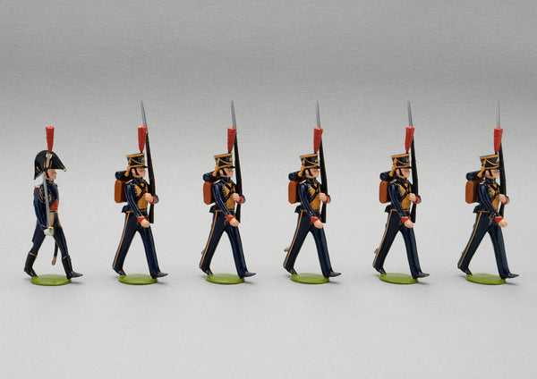 Set 125 Seamen of the Guard | French Infantry | Napoleonic Wars | Marins de la Garde French Naval Infantry.  This set comprises six men marching at slope arms | Waterloo | © Imperial Productions | Sculpt by David Cowe