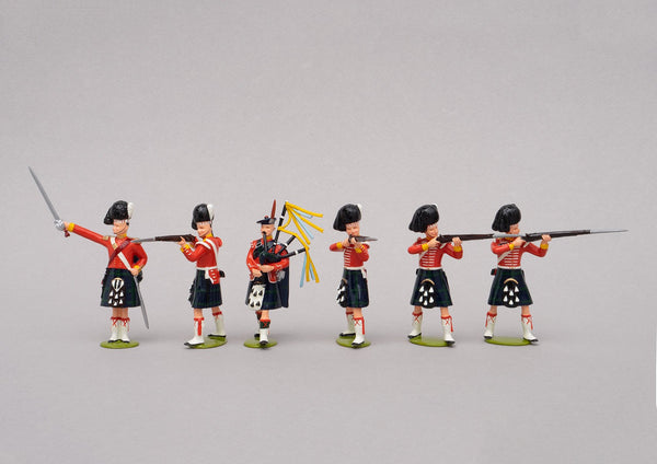 Set 80 The Thin Red Line 1854 | British Infantry | Crimean War | 93rd (Sutherland) Highlanders. One officer, one piper and four men standing firing. | Balaclava, Sevastapol, Alma | © Imperial Productions | Sculpt by David Cowe