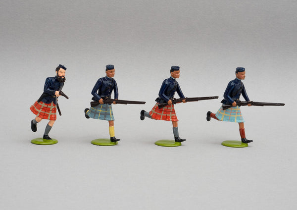 Set NZ11 Gilbert Mair & the Arawa Flying Column, 1870 | NZ Infantry | New Zealand | Set of four men Spencer carbine wearing a shawl or blanket. Arawa Flying Column, To Kooti | New Zealand Wars | © Imperial Productions | Sculpt by David Cowe