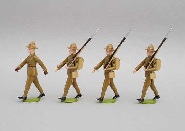 Set NZ4 NZ Infantry, France WWI | NZ Infantry | New Zealand | Set of four men, one officer, three men marching | WW1, Somme, Ypres, Arras, Western Front, Messines, Broodseinde, Passchendaele, Bapaume, Le Quesnoy | © Imperial Productions | Sculpt by David Cowe