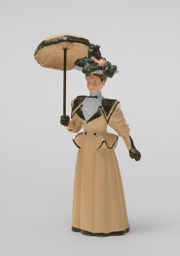 Set 15 Lady with open parasol | Victorian Lady | Town and Around | © Imperial Productions | Sculpt by David Cowe