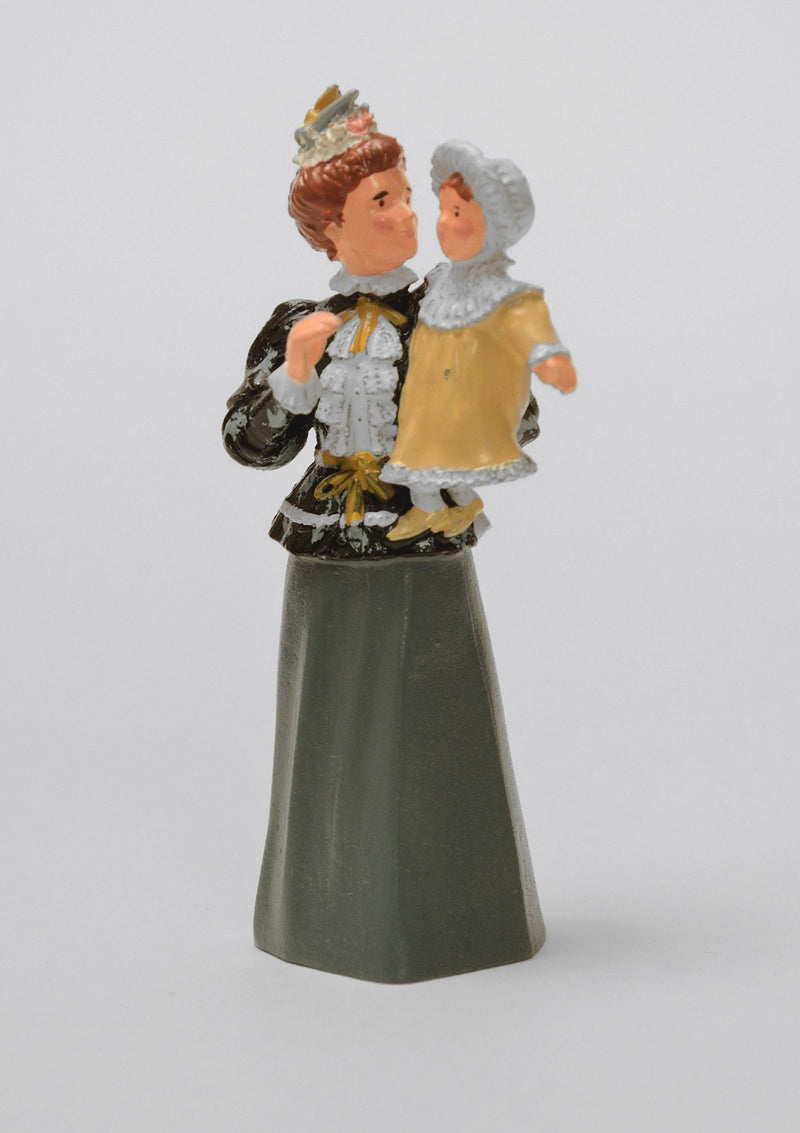 Set 40 Mother's Joy | Victorian Lady and Children | Town and Around | © Imperial Productions | Sculpt by David Cowe
