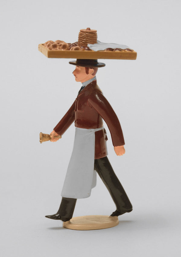 Set 47 Muffin Man | Victorian Man | Town and Around | © Imperial Productions | Sculpt by David Cowe