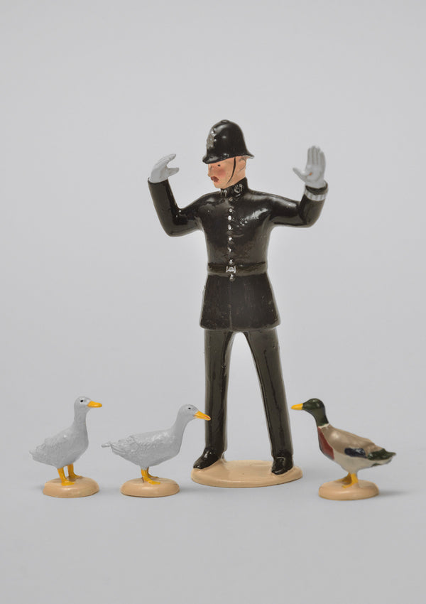 Set 59 Ducks Crossing | Victorian Man and Animals | Town and Around | © Imperial Productions | Sculpt by David Cowe
