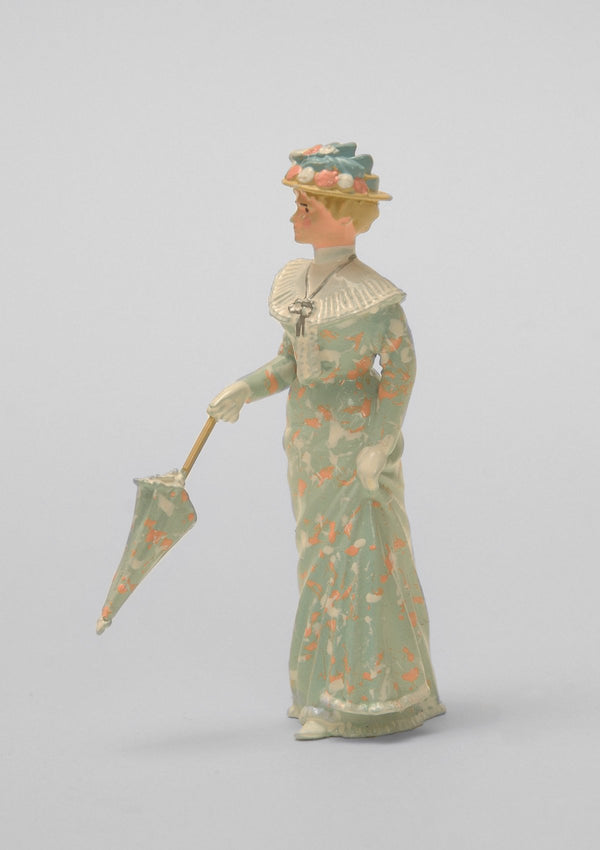 Set 06 Lady with closed parasol | Victorian Lady | Town and Around | © Imperial Productions | Sculpt by David Cowe