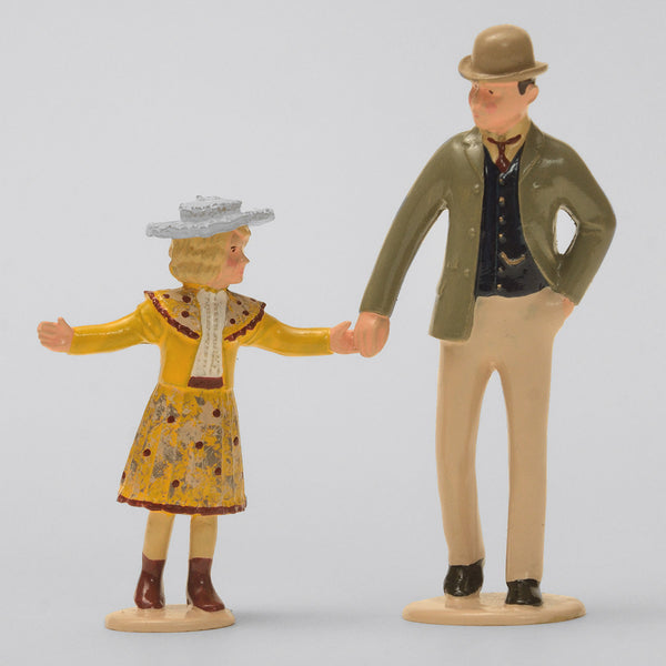 Set 64 Father and Daughter | Victorian Gentleman and Children | Town and Around | © Imperial Productions | Sculpt by David Cowe