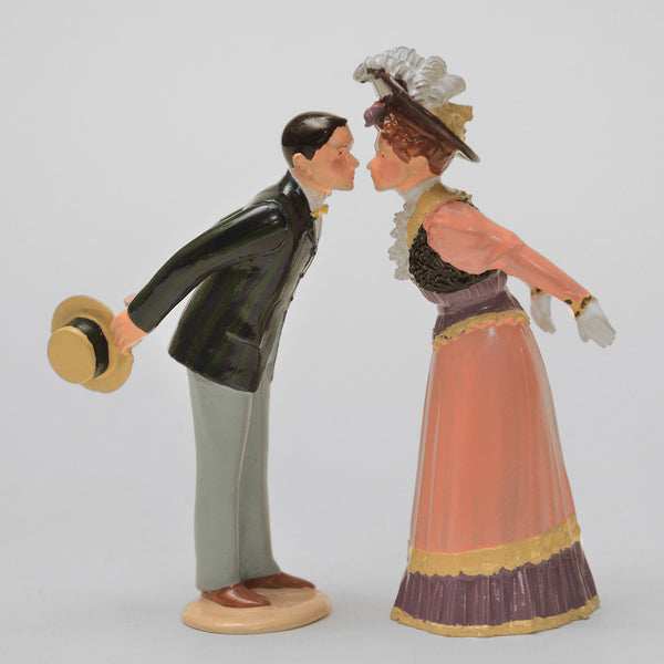 Set 67 Kissing Couple | Victorian Couple | Town and Around | © Imperial Productions | Sculpt by David Cowe