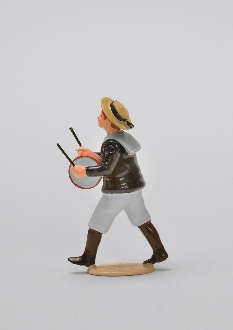 Set 08 Boy with drum | Victorian Children | Town and Around | © Imperial Productions | Sculpt by David Cowe