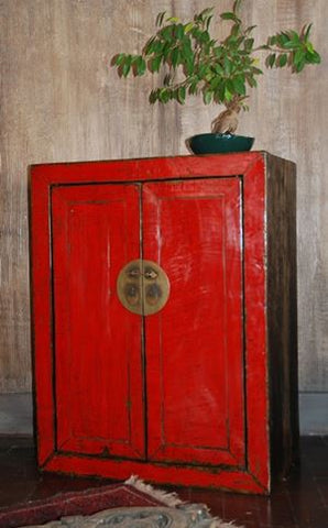 PETITE ARMOIRE ANCIENNE CHINOISE LAQUÉ ROUGE