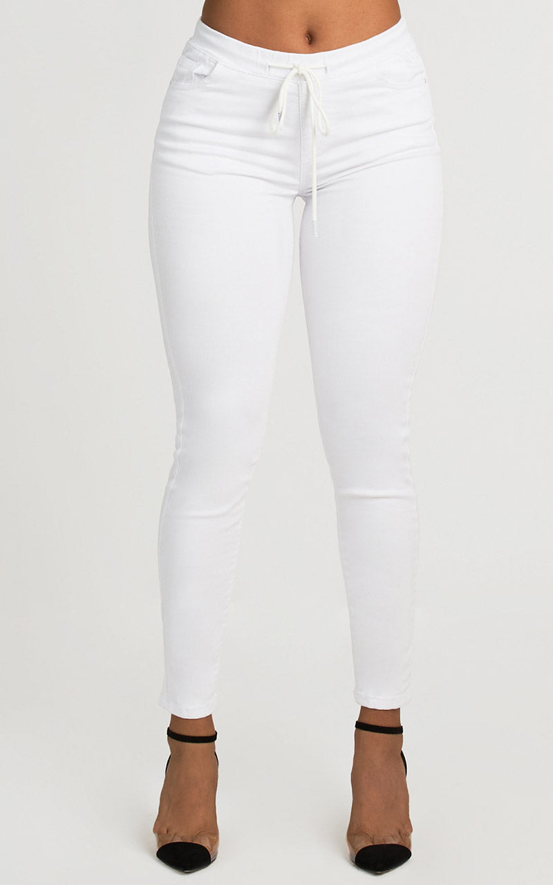 TOO COMFY WHITE JOGGER JEANS
