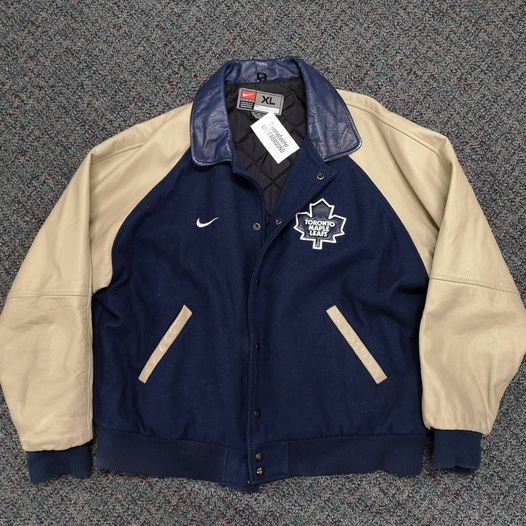 Toronto Maple Leafs Nike Winter Jacket Size XL