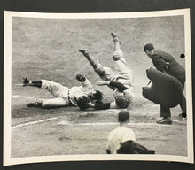 Load image into Gallery viewer, 1950 New York Yankees MLB Baseball Type 1 News Photo Vs Washington Senators