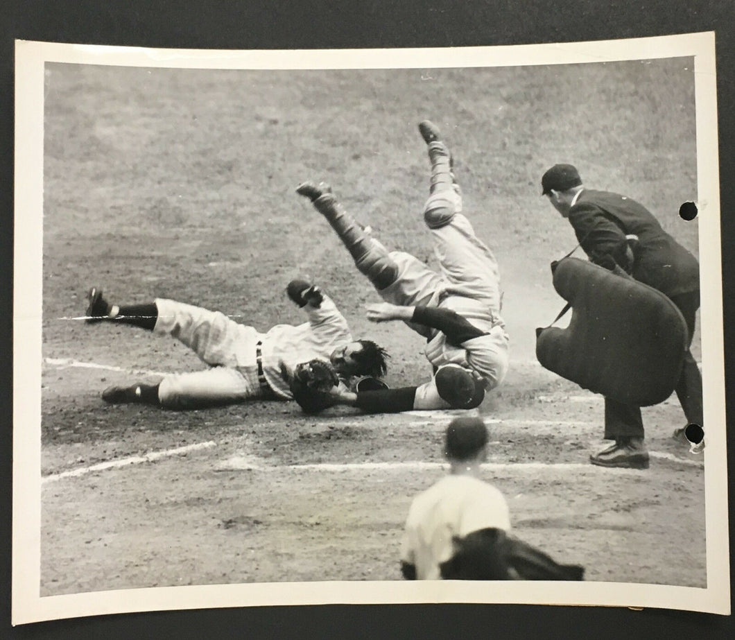 1950 New York Yankees MLB Baseball Type 1 News Photo Vs Washington Senators