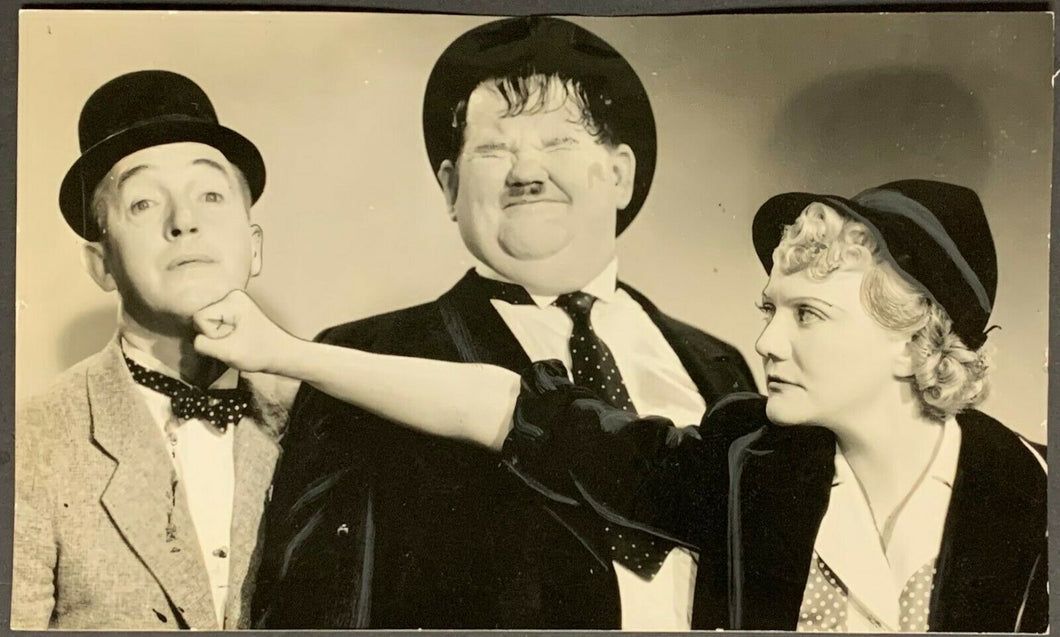 1938 Laurel & Hardy Studio Photo Blockheads Vintage Movie Mina Gombell Actor
