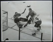 Load image into Gallery viewer, 1962 NHL Stanley Cup Semi Finals Press Photo Chicago Blackhawks vs Canadiens