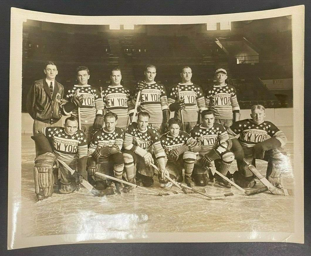 Vintage NHL 1929-30 New York Americans Hockey Team Type 1 Photo