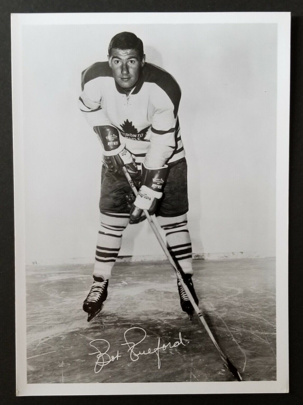 1963-64 Toronto Maple Leafs Team Issued Mail Order Souvenir Bob Pulford Photo