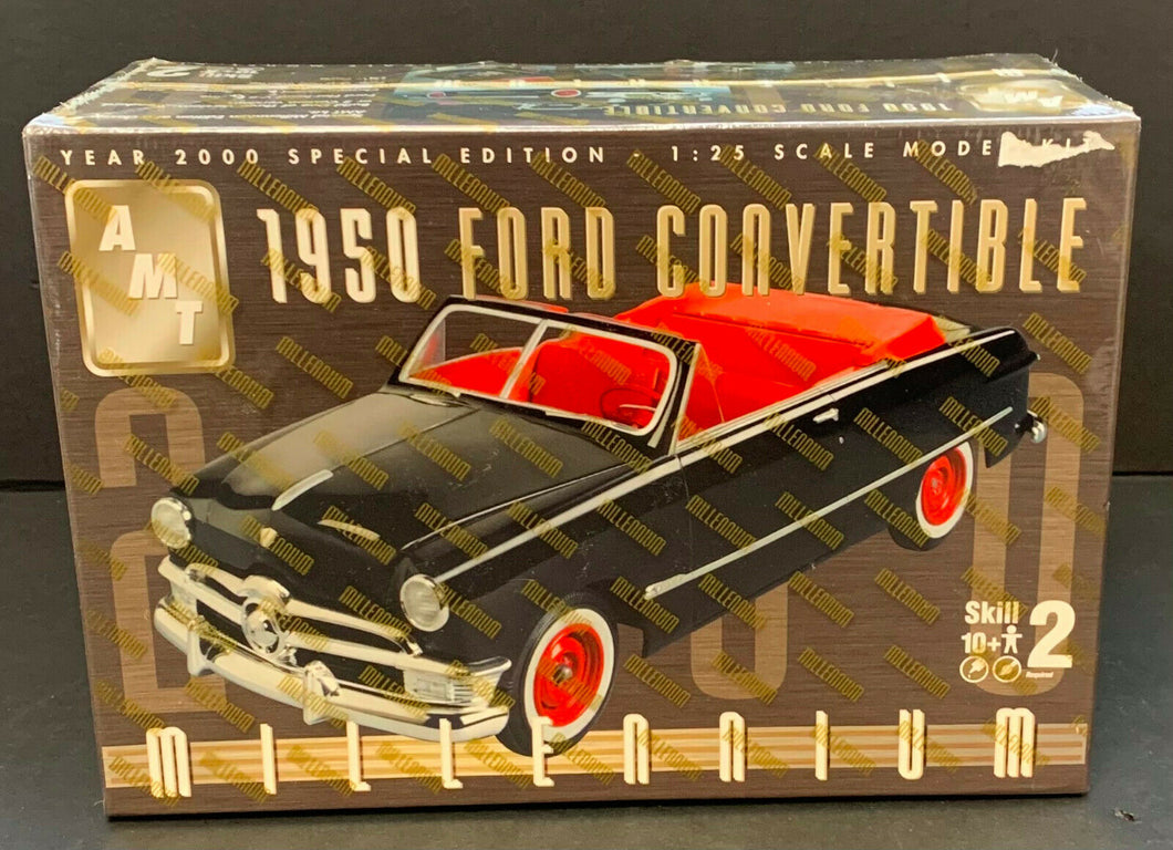 AMT 1950 Ford Convertible Millenium Scale 1:25 Model Kit Car Factory Sealed