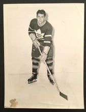 Load image into Gallery viewer, 1949 Toronto Maple Leafs Vic Lynn Turofsky Photo Vintage Hockey NHL