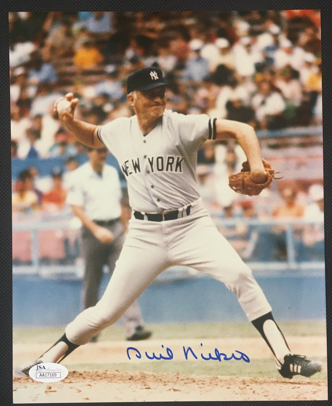 Phil Niekro Signed Photograph Picture New York Yankee Baseball JSA Autographed