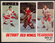 1966-1967 Detroit Red Wings Yearbook Gordie Howe Crozier Delvecchio NHL Hockey