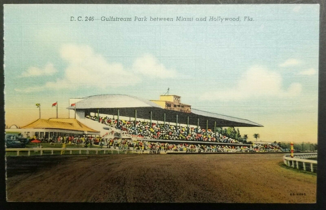 1940's Horse Racetrack Postcard Gulfstream Park Miami Florida USA Unposted