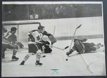 Load image into Gallery viewer, 1970 Chicago Stadium Toronto v Blackhawks Press Photo Esposito Pulford Jarret