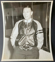 Load image into Gallery viewer, 1940s Dit Clapper Type 1 Original Photo NHL Hockey Hall Of Famer Boston Bruins