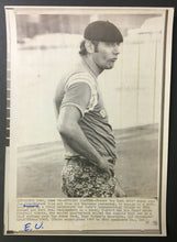 Load image into Gallery viewer, 1969 NFL Football Wire Photo Joe Namath New York Jets Quarterback Super Star Vtg