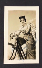 Load image into Gallery viewer, Linda Darnell Autographed Real Photo Signed Celebrity Picture Hollywood Rare Vtg