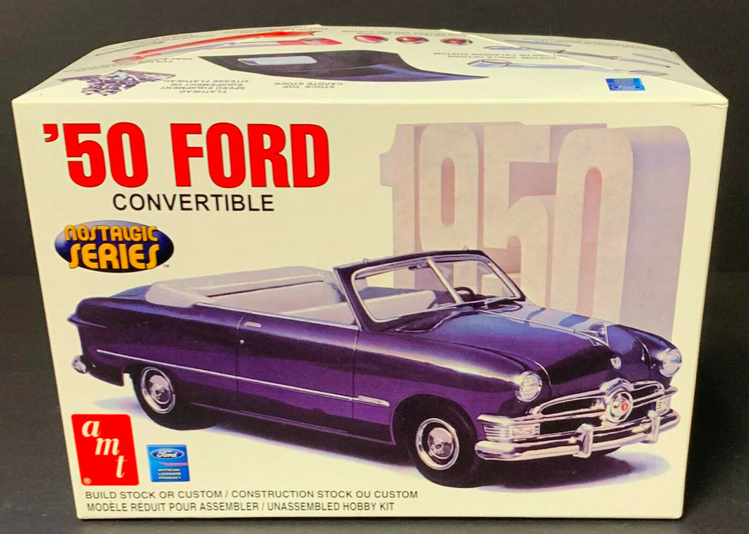 AMT 1950 Ford Convertible Scale 1:25 Model Car Kit Vintage Automobile