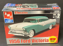 Load image into Gallery viewer, AMT ERTL 1956 Ford Victoria Scale 1:25 Model Car Kit Vintage Factory Sealed