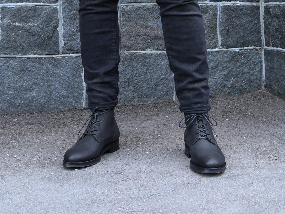 LACE-UP BOOT BLACK OIL-SPLIT