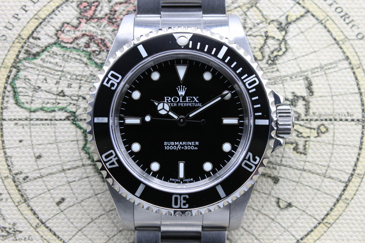 Rolex Submariner No Date Ref. 14060M Year 2003 (with Box & Papers)