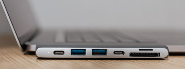 What's the Difference Between Thunderbolt 3 and USB-C