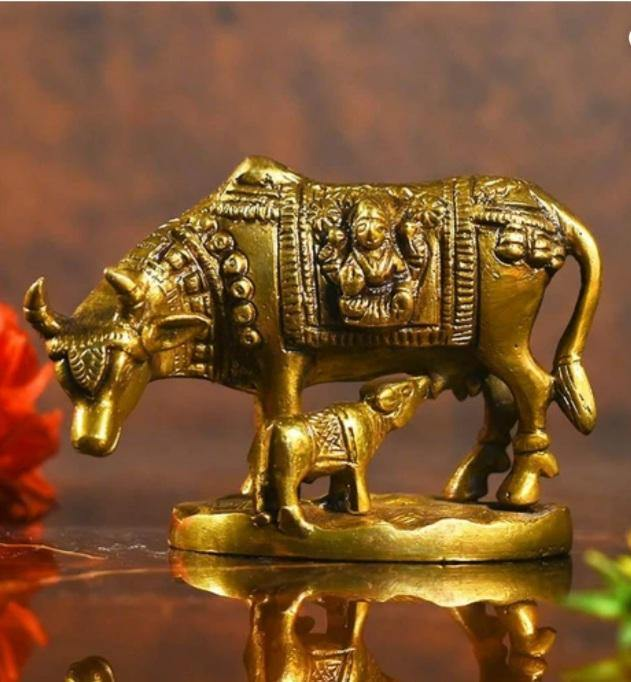 Kamdhenu with Calf Idol (Brass)