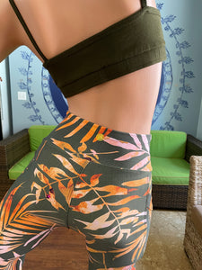 [Lilikoi Wear] Bottoms: NEW *2021* Capri Leggings with Pockets