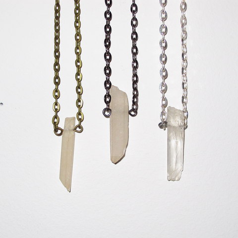 RAW CLEAR QUARTZ CRYSTAL PENDANT