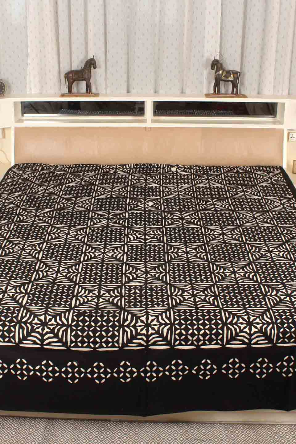 Applique Grey Bedcover, Black
