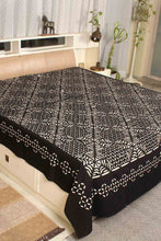 Load image into Gallery viewer, Applique Grey Bedcover, Black