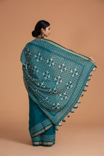 Load image into Gallery viewer, Chakor Motif Chanderi Applique Saree, Pine Green