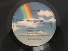 Load image into Gallery viewer, Spyro Gyra ‎– Incognito, Vinyl LP, MCA Records ‎– MCA-5368, 1982, Singapore